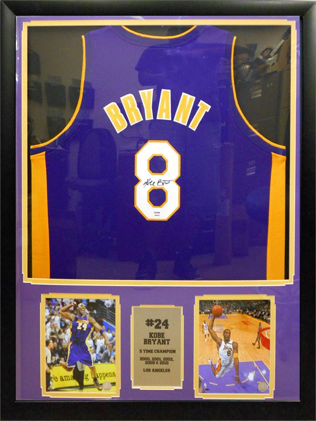 Kobe Bryant Autographed Los Angeles Lakers Home Jersey ...